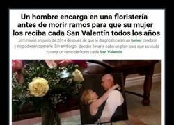 Enlace a Hombre hace un encargo antes de morir para que su mujer lo reciba cada San Valentín
