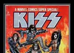 Enlace a Los miembros de Kiss se quitaron la sangre para pintar la portada de este cómic de Marvel
