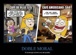 Enlace a DOBLE MORAL