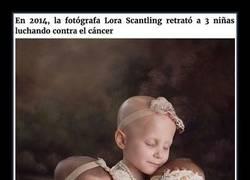 Enlace a 3 años después, estas supervivientes del cáncer recrearon su foto viral