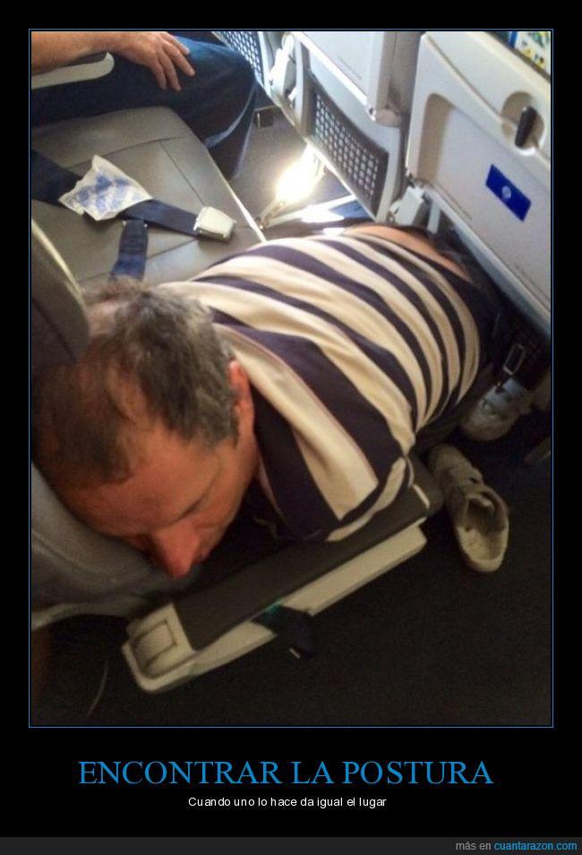 avión,camiseta a rallas,lugar,postura