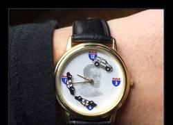 Enlace a ¿Una persecución policial en un reloj? ¡Mola!