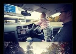 Enlace a Padre photoshopea su bebé en las situaciones más peligrosas para dar un infarto a su mujer