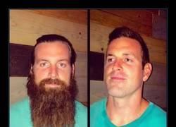 Enlace a 18 impresionantes transformaciones de hombres que parecen otra persona