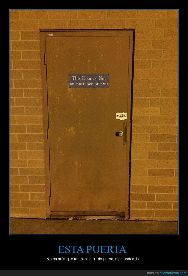 andar,entrada,ilógico,pared,puerta,salida