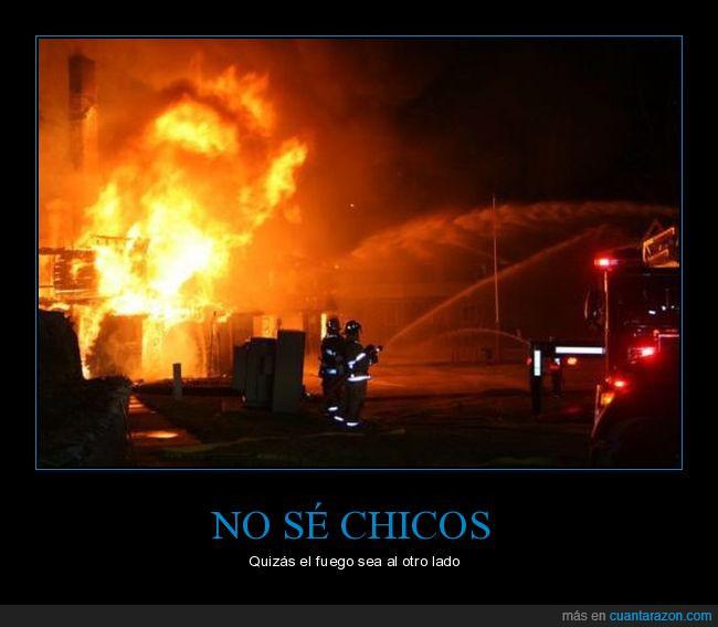 agua,apuntar,bomberos,calle,casa,fuego,lado,manguera