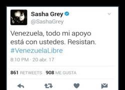 Enlace a La ex-actriz porno Sasha Grey se solidariza con Venezuela pero hay gente que no olvida su pasado