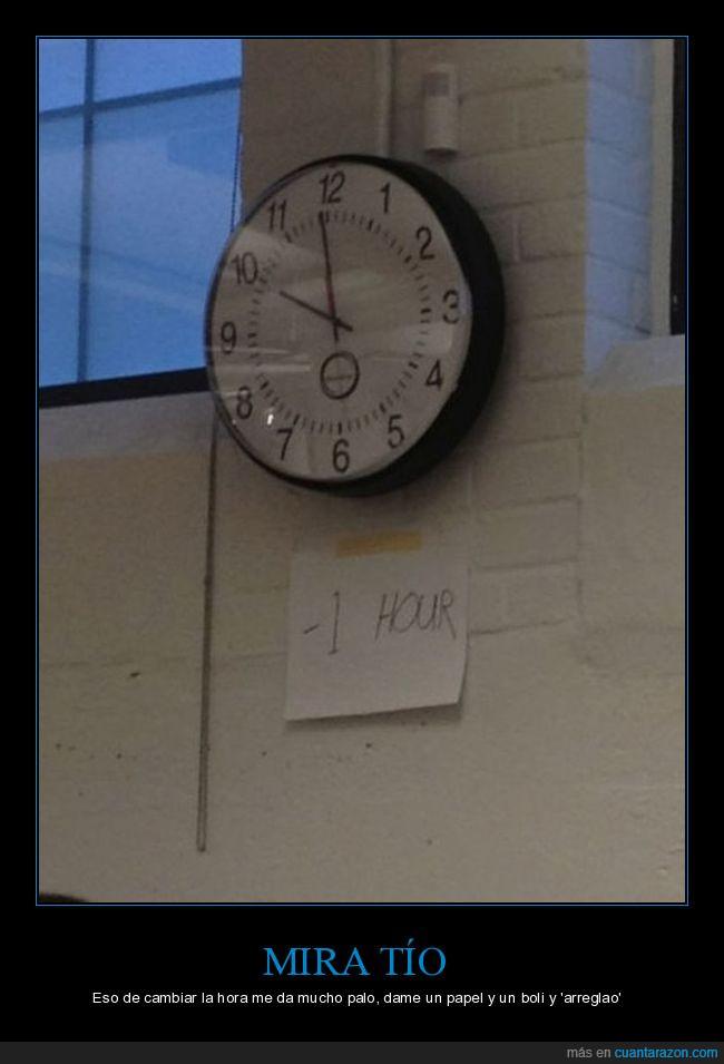 arreglar,colgado,hora,pared,reloj