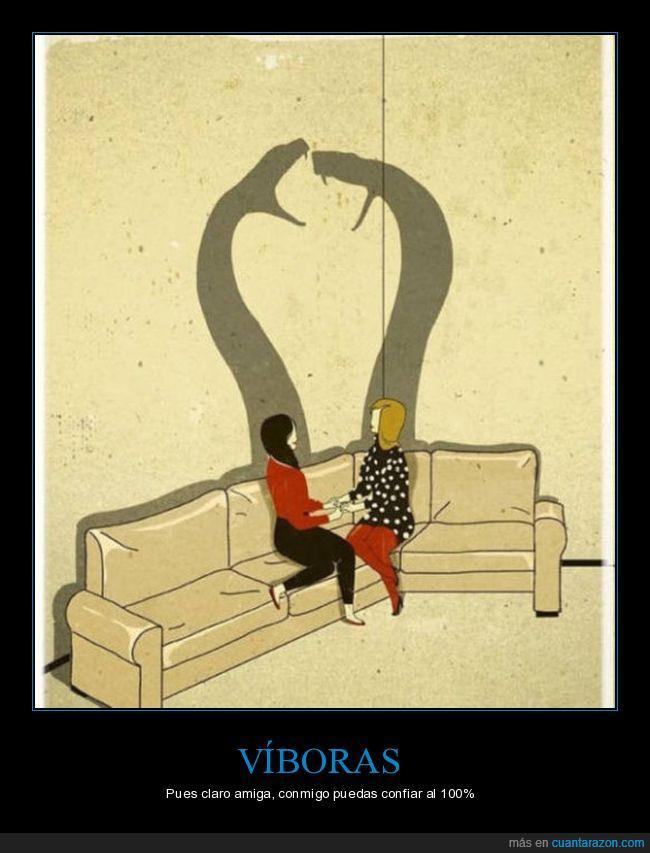 cotilleos,mujeres,serpientes,sofá,víboras