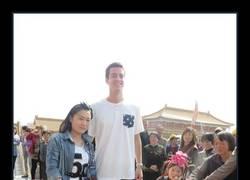 Enlace a Si eres alto, en China te sentirás querido