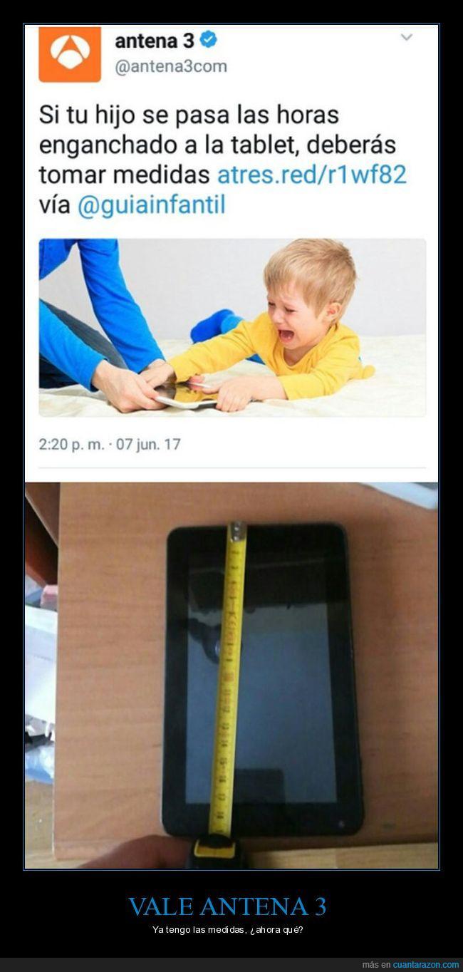 hijo,jugar,medidas,tablet