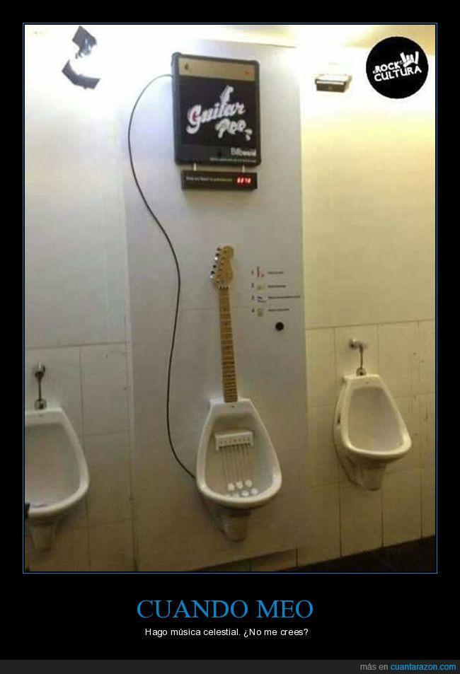 baño,guitarra,mingitorio