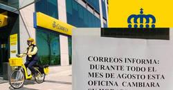Enlace a Un cartel informando del cambio horario de Correos en un pueblo de Zamora ha revolucionado las redes