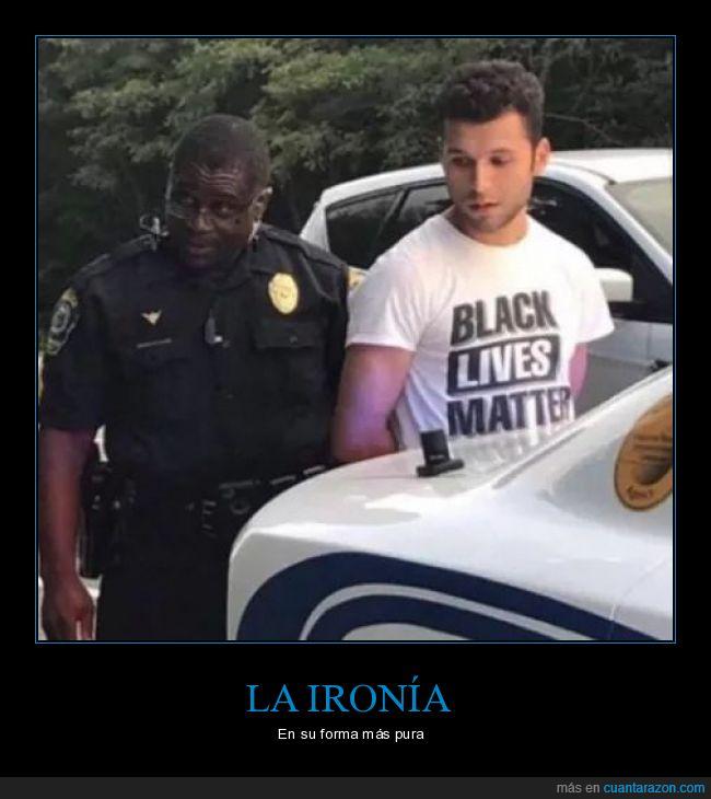 arrestar,blanco,camiseta,detener,ironía,negro,Policía