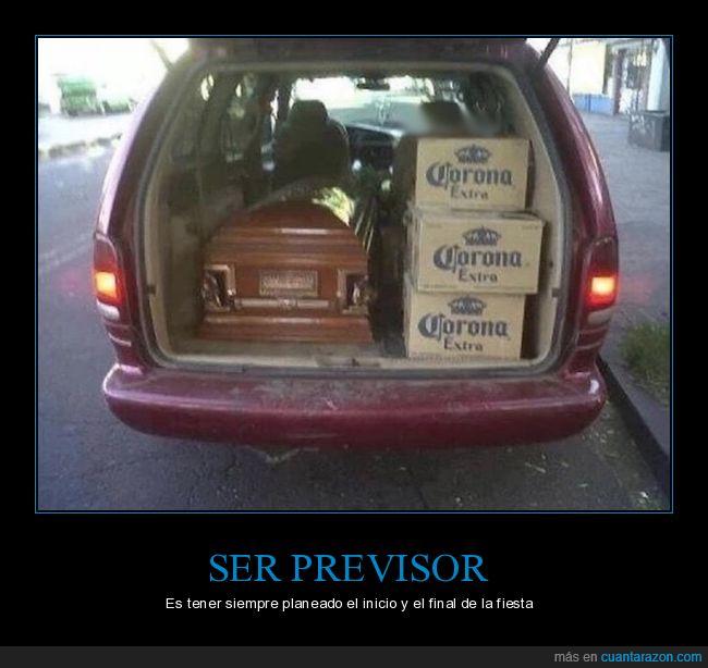 ataud,coche,corona,fiesta