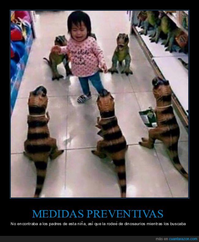 dinosaurios,juguetería,niña