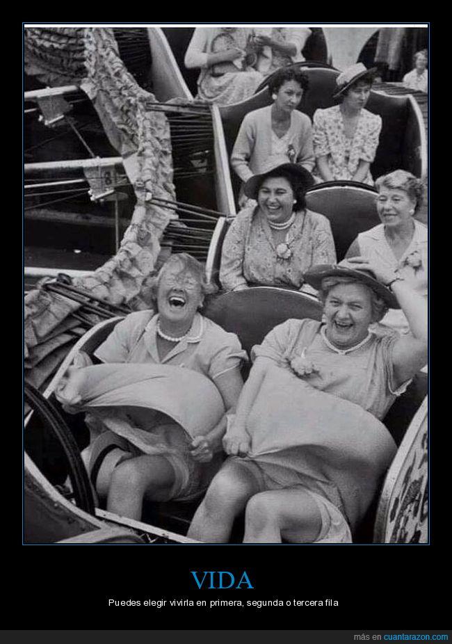 alegria,juego mecánico,montaña rusa,señoras