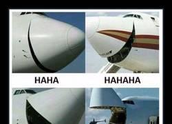 Enlace a Aviones que se parten de la risa