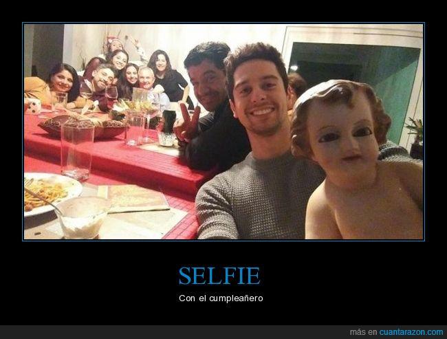Niño dios,selfie