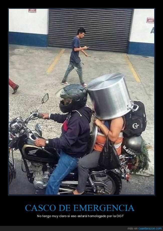 casco,cubo,moto