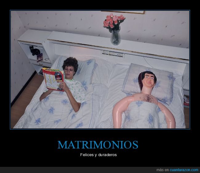 cama,matrimonio,muñeco hinchable