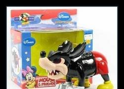 Enlace a Mickey Mouse realista