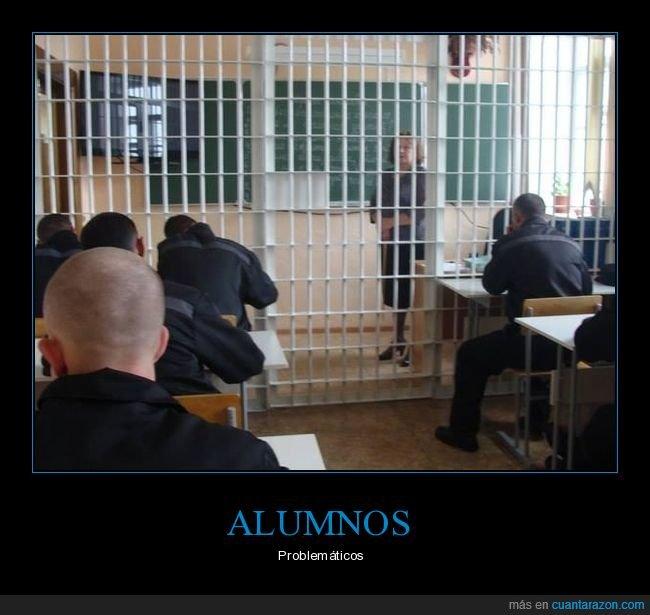 cárcel,clase,profesora,rejas
