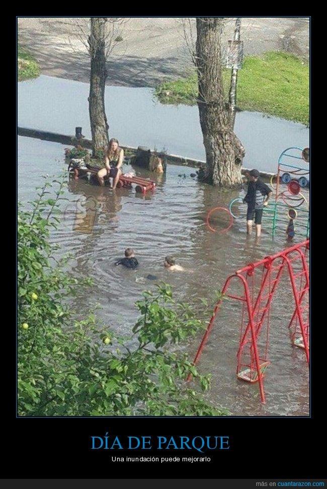 inundación,jugando,niños,parque