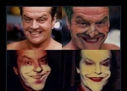 Enlace a Transformándose en el Joker