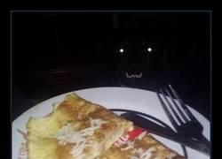 Enlace a Nunca más cenarás solo...