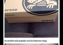Enlace a La gente está perdiendo la cabeza con los Crocs de tacón alto