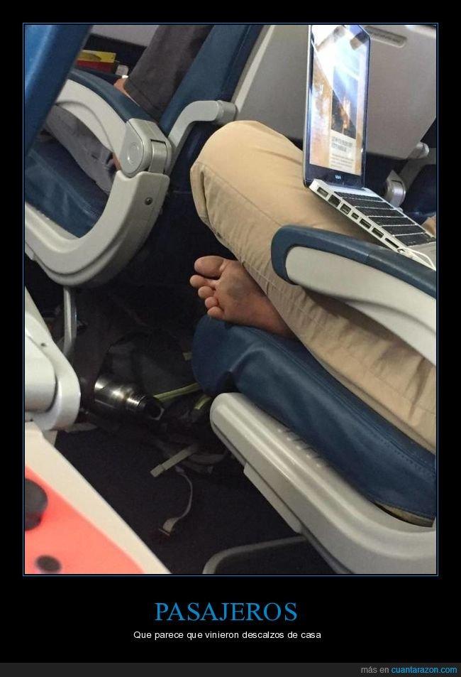 avión,pasajero,pies,sucios