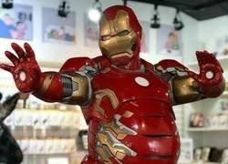 Enlace a Tony Stark fabrica armaduras para todo tipo de personas