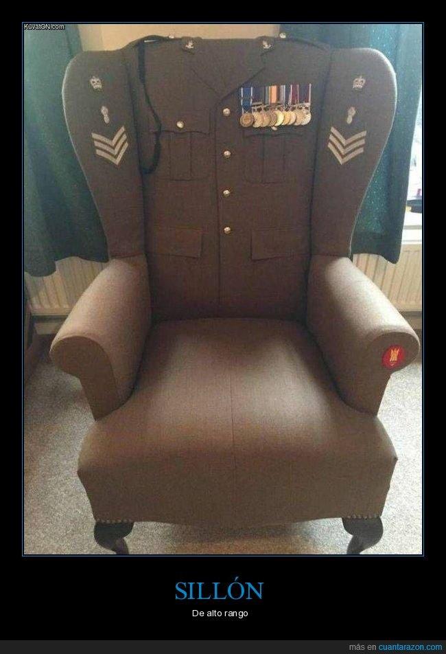 militar,sillón,wtf