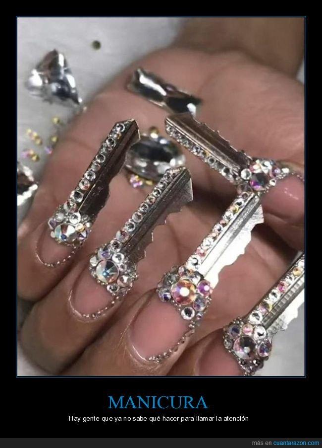 llaves,manicura,uñas,wtf