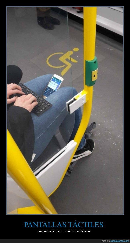 escribiendo,metro,móvil,teclado,wtf