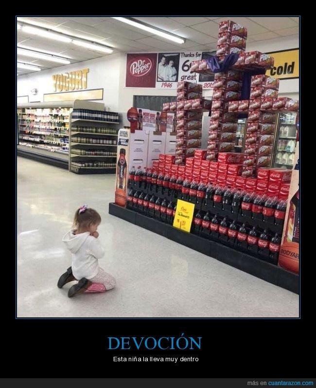 cruz,de rodillas,niña,rezando,supermercado