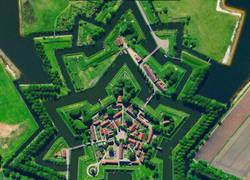 Enlace a Bourtange, un pueblo muy curioso.