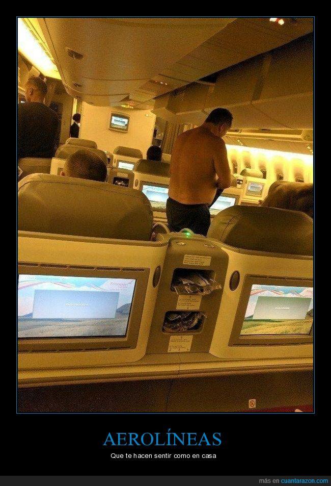 avión,sin camiseta,wtf