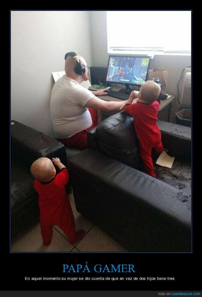 gamer,hijos,jugando,padre