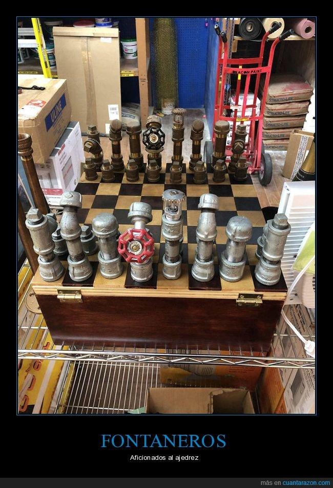ajedrez,fontaneros,tablero
