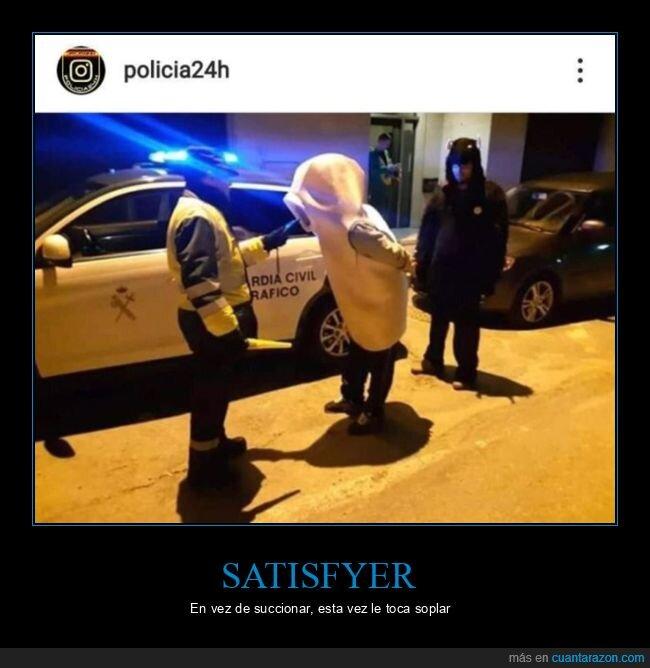control de alcoholemia,disfraz,guardia civil,policía,satisfyer