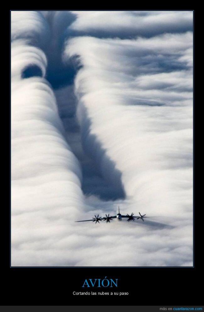avión,cortando,nubes