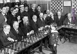 Enlace a Pequeño genio del ajedrez