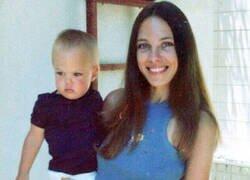 Enlace a La joven Angelina