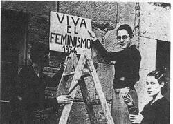 Enlace a Feminismo de antaño