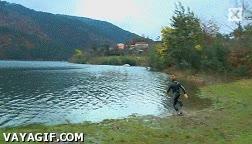 Enlace a Y caminó sobre las aguas