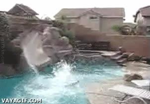 Enlace a Bobby en el Aquapark