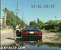 Enlace a Abandone el vehículo