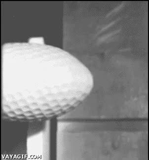 Enlace a Bola de golf a cámara lenta